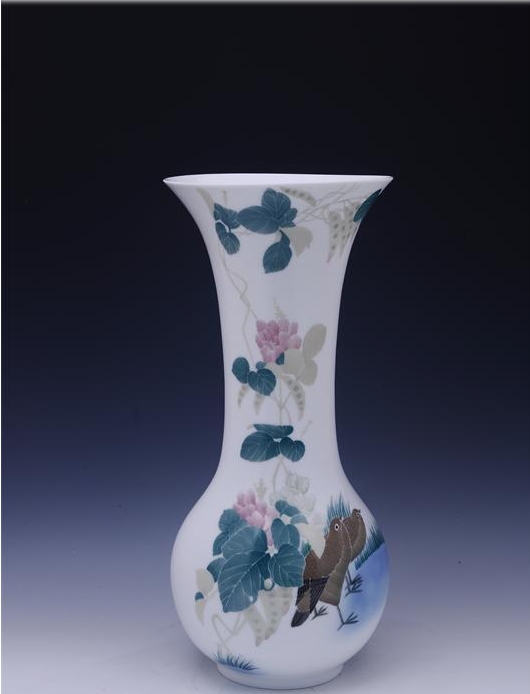 100 Years Gold Award Beans & Double Fowls Hand Painted Underglazed Porcelain ceramic vase