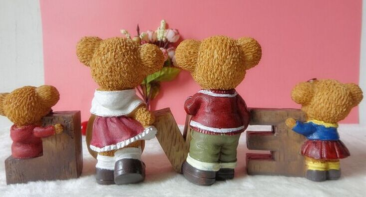 Factory outlets pro-creative cute teddy bear resin gifts ornaments by sets