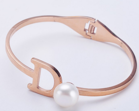 Titanium steel bracelet with real pearl