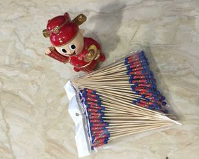 Healthy and traditional disposable bamboo fruit sticks