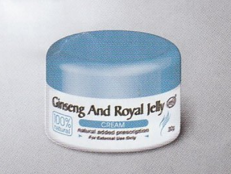 Ginseng & royal jelly skin cream 30 g/ jar rostbite ( chilblains), skin chapping