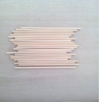 wood round sticks