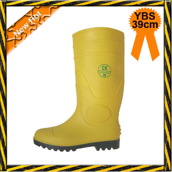 Chemical resistant wellington boot