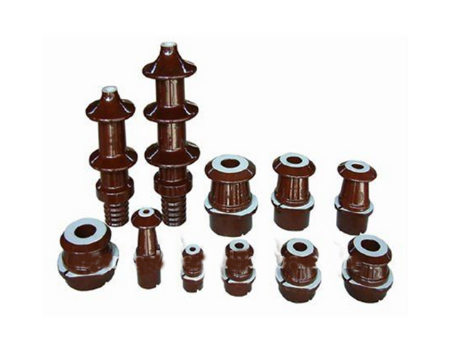 China manufacturer insulator bushing transformer