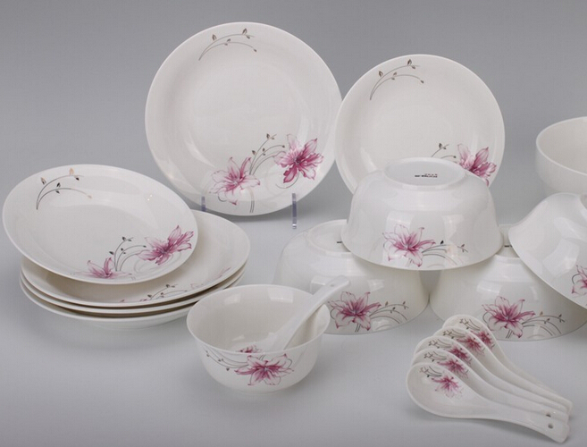 PFBC128-150330 128PCS DINNER SET FINE BONE CHINA