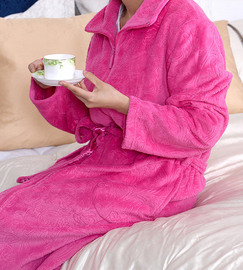 polyester embossed coral fleece hotel wholesale bathrobe