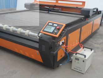 2030 large size auto feeding cnc co2 fabric laser cutting machine price