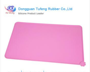 Non-stick heat resistant silicone baking mat