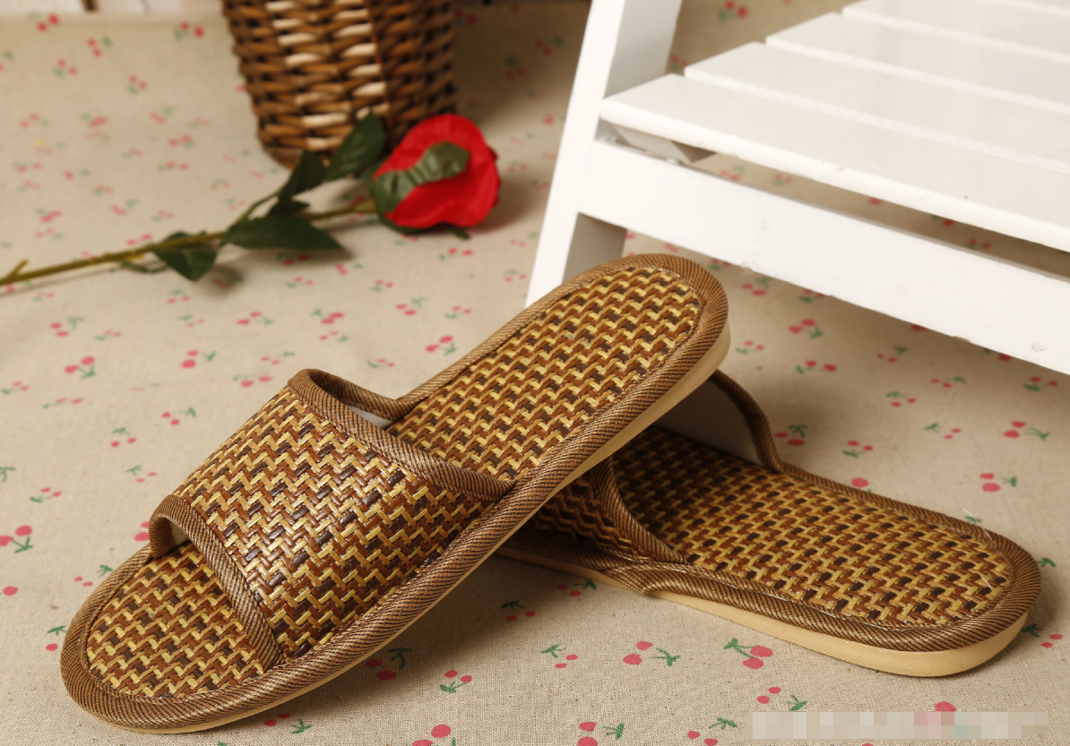 High quality comfortable bamboo slipper closed toe hotel slipper natural material spa slippers