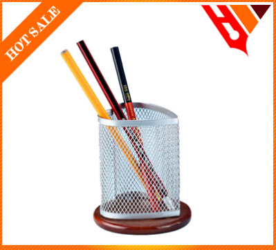 heart shape with wood base iron mesh metal pen holder