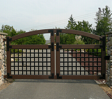 New style aluminium frameless galss folding windows for Aluminum driveway gates prices
