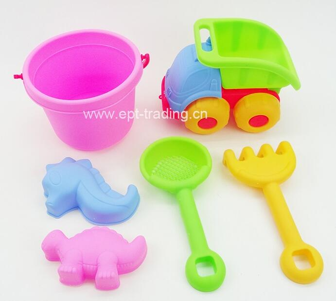 Top quality outdoor summer plastic non toxic sand tool set kids beach toy for sale