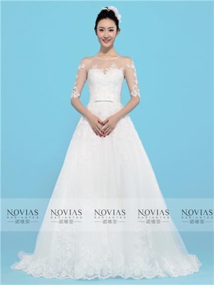 NOVIAS WEDDING DRESSES