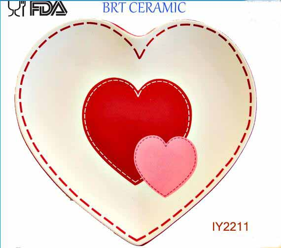 Sweet Heart Shape Ceramic Plate Wholesale