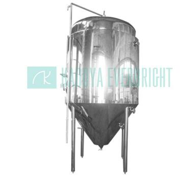 Stainless steel portable beer storage and fermentation tanks with jacketed