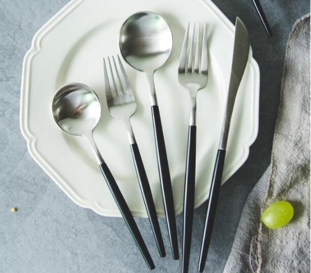 Mirror polish black handle cutlery set