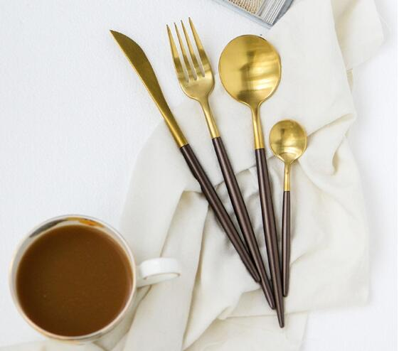 Golden classical line stainless steel cutlery