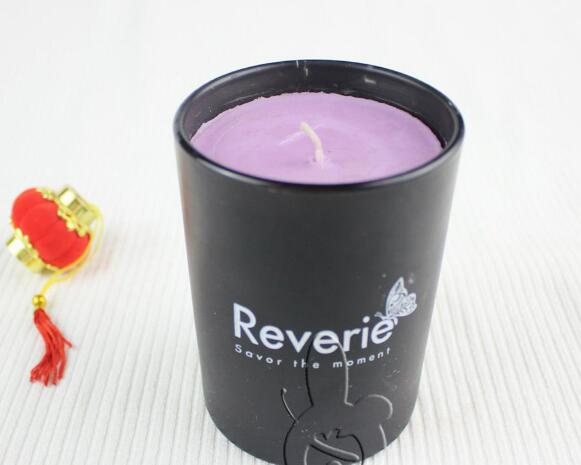 Hot selling scented soy wax purple candles