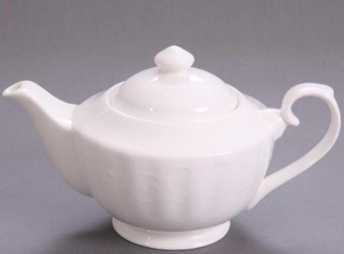 Stripe embossed teapot