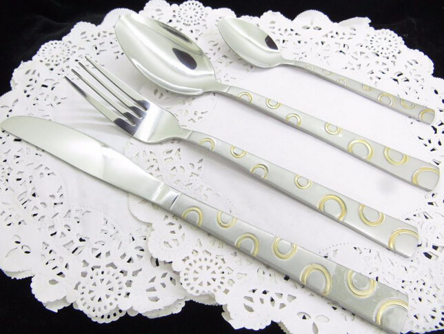 Golden-Plated Cutlery With The Circle Pattern Handle