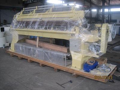 Shuttleless quilting machine