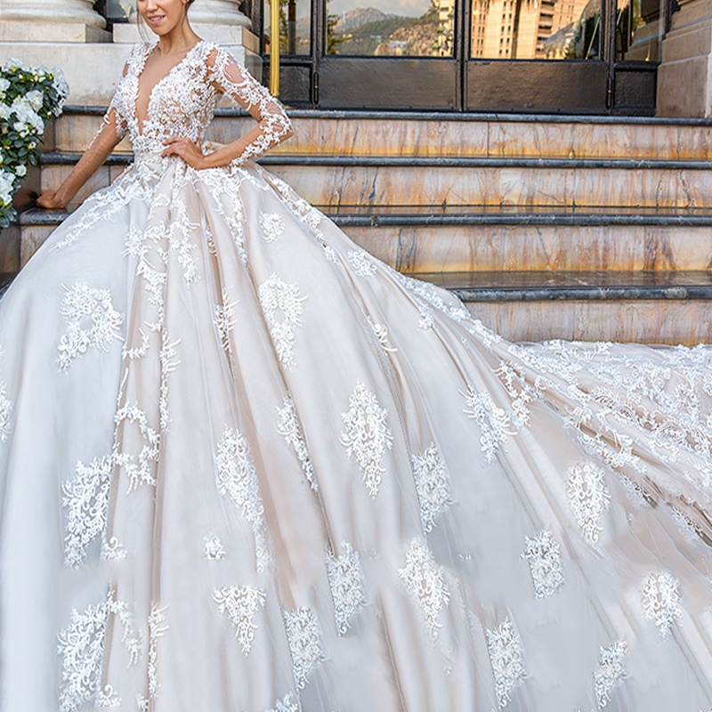 Gorgeous Ball Gown Long Sleeve Zipper Back Elegant Luxurious Lace Wedding Dress for sale