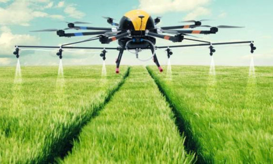 Agricultural sprayer drone 6L load with GPS