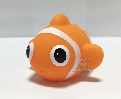 Vinyl Ocean Clownfish Squirt Baby Bath Toy sale