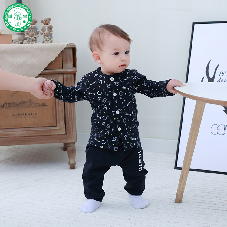 OEM Branded good quality 100% cotton newborn baby clothing set for sale