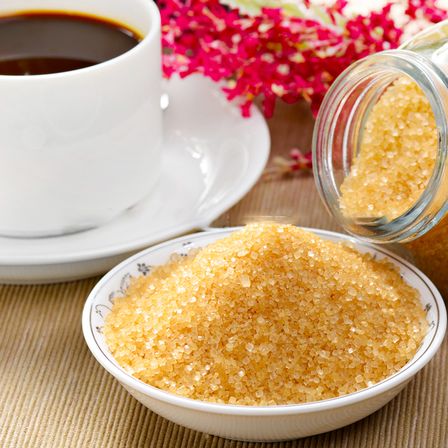 natural brown cane sugar for coffee or tea for sale