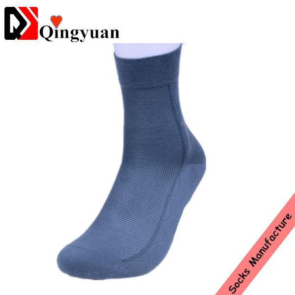 bulk custom simple business style ankle socks men for sale