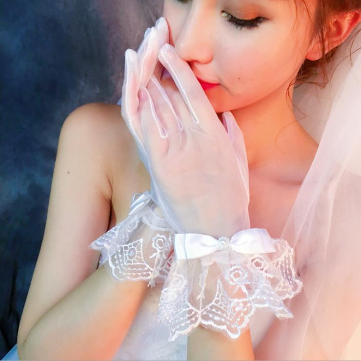 New arrival wedding accessories hot sale short whole finger tulle bridal wedding gloves for Sale