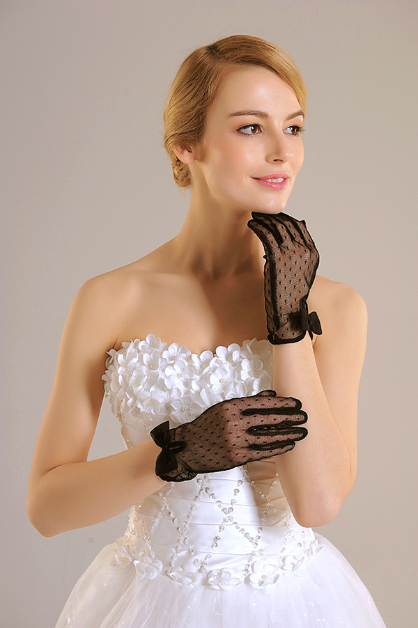 G9004F2 Black Short Tulle Wedding Glove Sexy Lady Glove on Sale