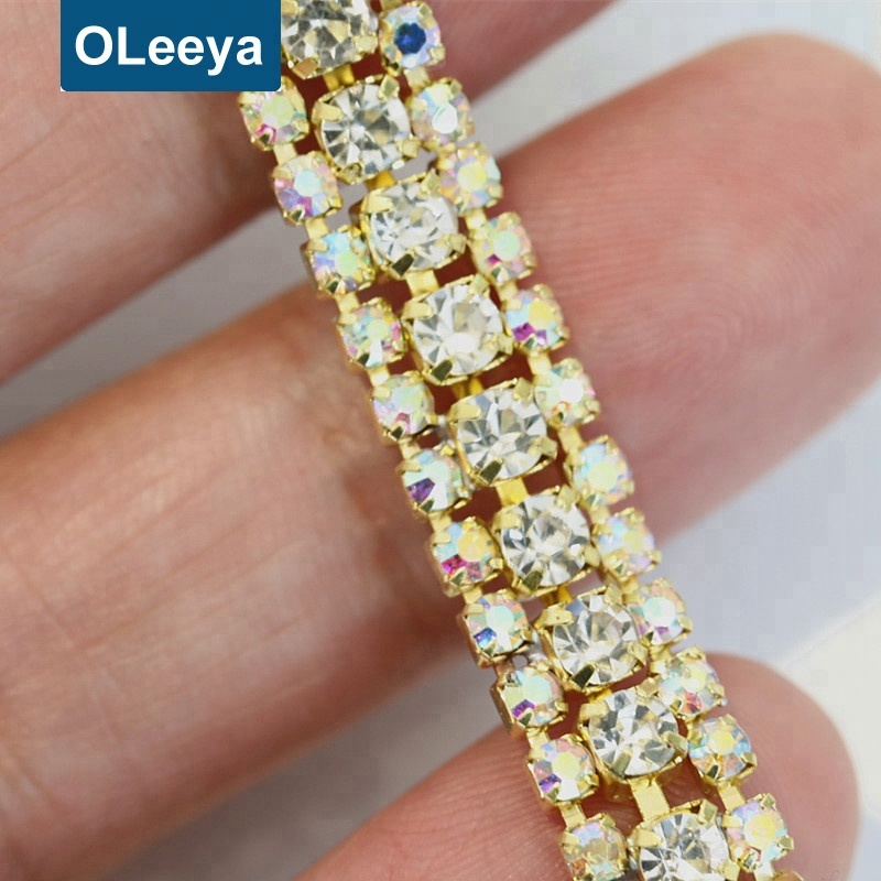 Factory wholesale 3 rows crystal rhinestone cup chain with claw for wedding dresses sale