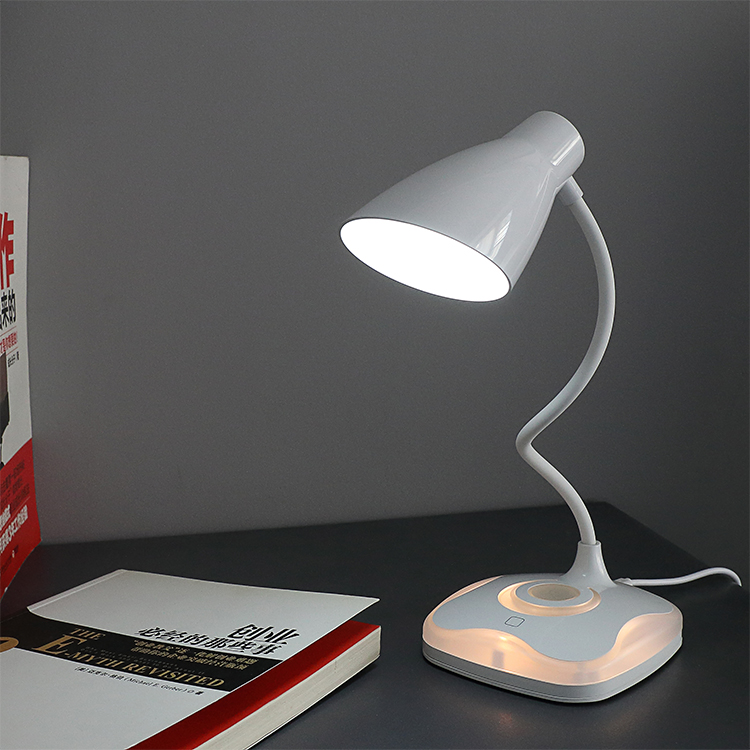 Modern New style table lamp with usb port design 5W 3 Step LED Desk  Lamp for study room for sale