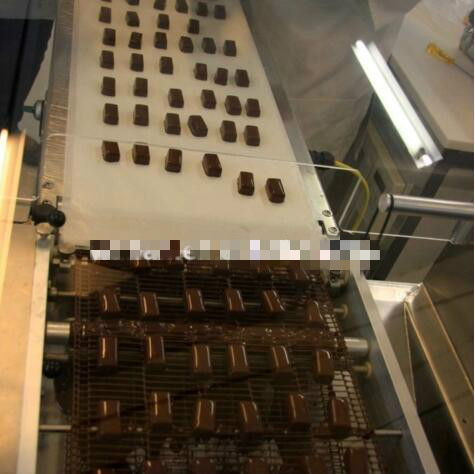 400/600mm chocolate enrober production line chocolate coating machine chocolate coating production line for sale