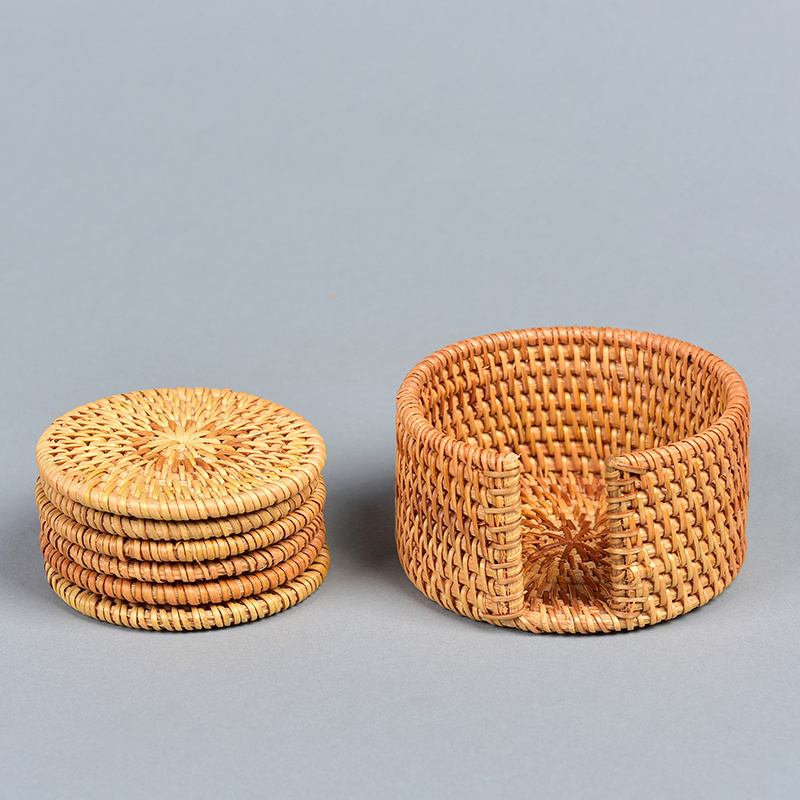 Set of 6 Round Rattan Cup Coasters With Holder