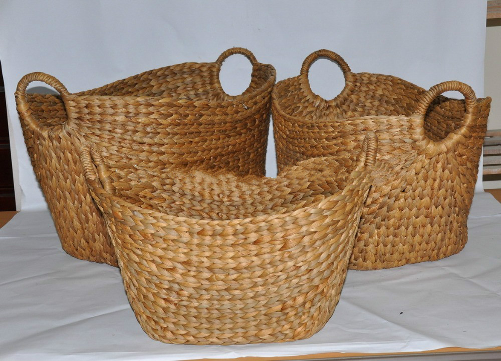 Craft brown color bread basket