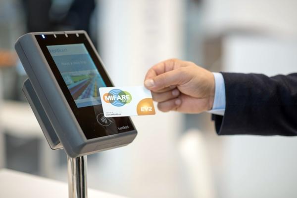 CXJ--smart card0018A Professional maker programmable custom pvc blank printable passive smart business rfid card
