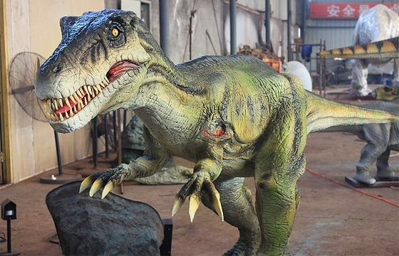 medium size animatronic dinosaur with movement simulation for indoor display