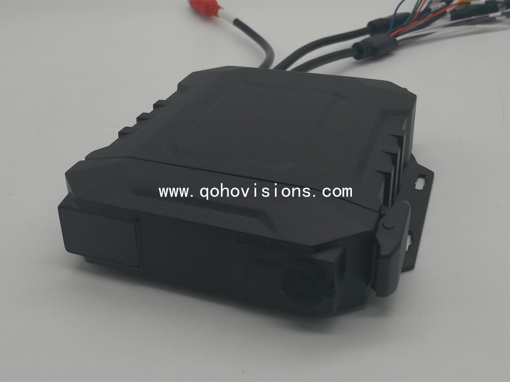 4-CH 720P Waterproof SSD Mobile DVR
