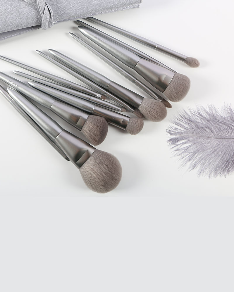 12 Pieces Makeup Brushes  12 Pieces Makeup Brushes Company