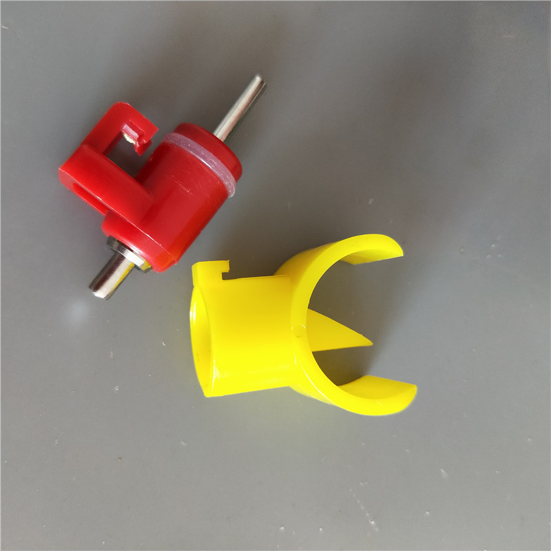 Chicken Nipple Drinker With Card for Poultry Water System PH-24